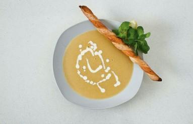 Чечевичный суп с мятой